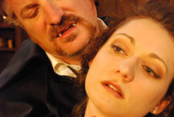 Ben Werling as Dracula, Monica Szaflik as Willy